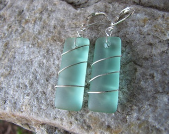 sea glass ear rings mint green seaglass beach glass jewelry  earrings-bridesmaid earrings- teardrop  earrings