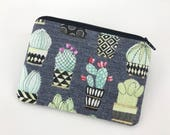 Cactus Zipper Pouch, Coin Purse, Small Wallet, Card Pouch, Gift idea, Gift for her, Padded Pouch, Gray