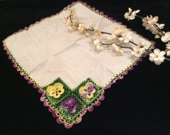 Vintage White Handkerchief with 2 Dimensional Crocheted Violets Purple and Yellow Flowers, Vintage Crochet, Vintage Hankies,
