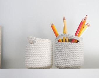 Set of 2. Crochet basket. Storage Basket. Cesta ganchillo. Round basket. Cestino uncinetto. Häkeln Korb. Panier. Office organization