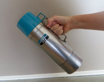 Vintage Stainless Steel Thermos with Turquoise Cap vacuum Sealed Thermos King Seeley Thermos Co Model 2464H Camping Thermos Work Thermos