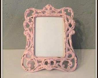 """Upcycled Vintage Ornate Metal Picture Frame ~ Light Pink Distressed ~ 3"""" x 5"""" ~ Shabby Chic ~ Distressed ~ Paris Apartment ~ Country Cottage"""