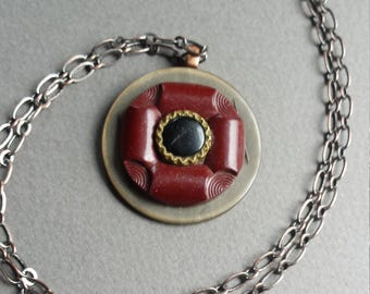 Button Necklace, Burgundy