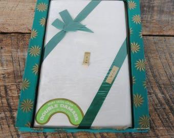 Vintage Shamrock Pattern Tablecloth Pure Irish Linen 18 x 18