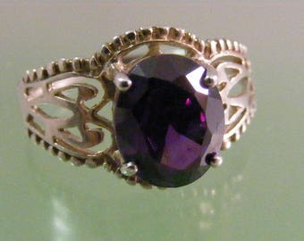 Vintage Amethyst Color Cubic Zirconia  Ring in Sterling Silver.....  Lot 5291