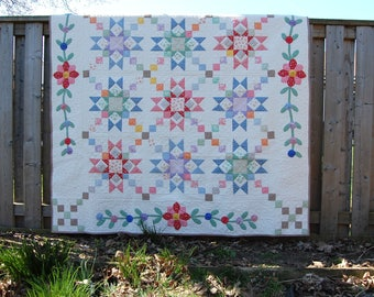 """1930""""s Reproduction Fabric Quilt, Machine Quilted, Heirloom Quilt, Star Pattern"""
