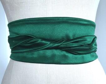 Emerald green wedding sash, silk wedding obi, bright green oni belt sash , heavy crepe silk sash, bridal sash, green sash