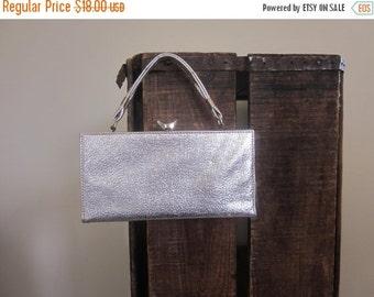 Box Purse / 1960s / Silver Evening Bag / Mad Men / Wedding Purse / Go Go / Jackie Kennedy