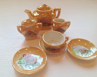 Vintage Japanese Children's Tea Set
