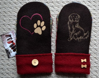 WOOL MITTENS Golden Retriever Dog Embroidered, Handmade, Recycled Upcycled wool sweater, Fleece Lined, Patchwork. Heart Paw, Dog Lover Gift