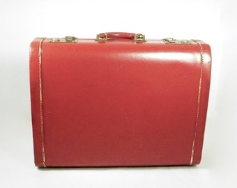 1940's Hard Shell Suitcase, Vintage Travel, Suitcase Decor