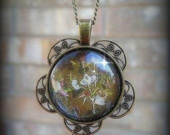 Romantic Victorian Steampunk Vintage Style Metal Dried Flower Pendant Necklace
