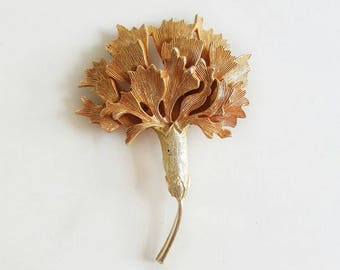 Vintage Gold and Coral Brooch