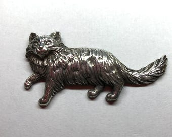 Fluffy Cat Brooch