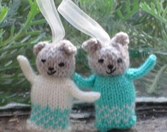2 Cute Mini Hanging Teddy Bears (1)