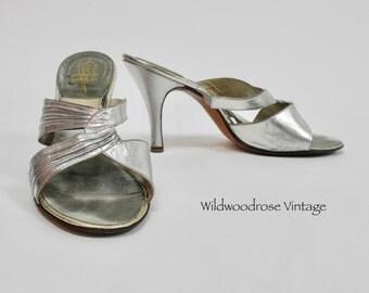 1950's Perri's by Carmine Springolators Silver Stiletto Heels - Classic Vintage Pumps - Open Toe Slides - Ladies Size 7