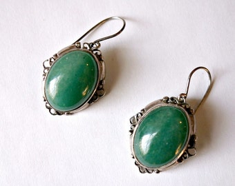 Vintage Green Agate Silver Earrings, Retro Green and Sterling Silver Drop Earrings