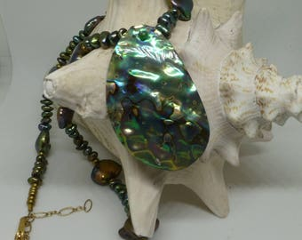 Green Pearl and abalone necklace