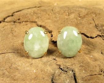 14k Gold Jadeite Earrings - Vintage Light Green Jade Oval Pierced