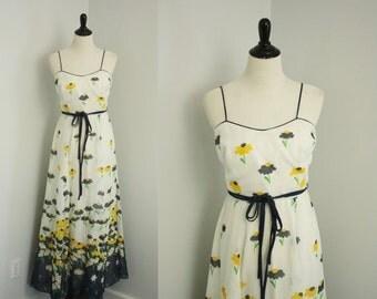 SALE 40% OFF 1970s floral maxi dress | vintage 70s dress