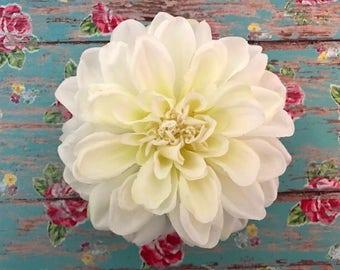BEST SELLER!!! White Dahlia Hair Clip//Perfect For Weddings//Hair Flowers//White Flowers