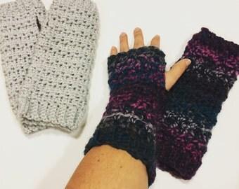 Crochet Pattern // Elizabeth Fingerless Gloves // Digital Download // Easy // Tutorial