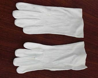 Pair Vintage Ladies Kidskin Gloves