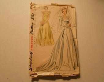 Simplicity 2724 size 16 wedding dress bride