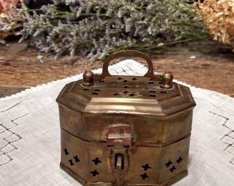 Vintage Brass Trinket Box / Cricket Box / Boho / Bohemian Decor / Jewelry Box