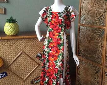 Adorable Harriet's made in Hawaii Hawaiian mu'u mu'u / maxi dress.