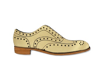 Brogue brooch