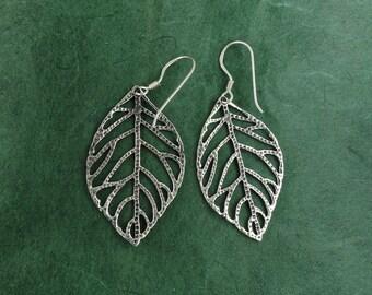 Sterling Silver Dangling Leaf Earrings - Free Silver
