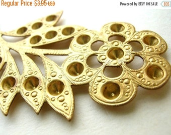 Christmas Sale Large Brass Flower Blank - Large Brass Flower Stamping - Large Flower Stamping - Brass Findings - Brass Stamping