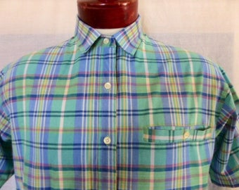 vintage 80's Levi's Group 12 pastel light green blue multicolor plaid check pattern short sleeve collar shirt unisex button up boxy medium
