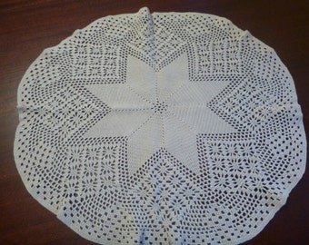 Beautiful Hand Crocheted Antique White Doily,  22 Inch Diameter    (DD)