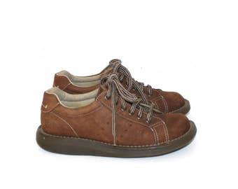 Vintage Dr. Martens Oxford Shoes . 1990s Brown Suede Leather Lace Up Doc Martens . Docs . Sz 4 UK - Sz 6 USA