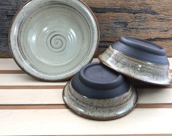Ceramic Cream Nesting Bowls / Handmade Pottery Serving Set / 3 Piece Bowl Set