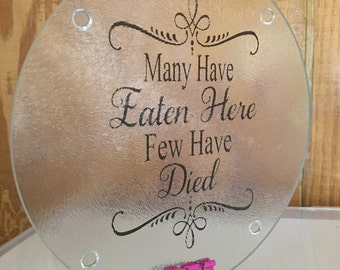"""Customized 7"""" Round or Square Glass Cutting Board"""
