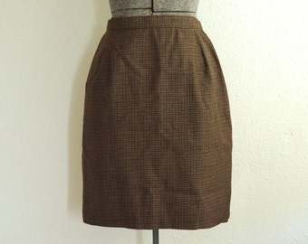 Briggs New York Petite Brown Houndstooth High Waisted Mini Skirt Size 10
