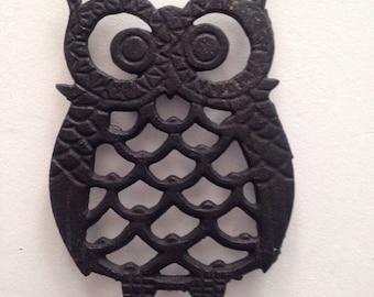 Small Vintage Cast Iron Owl Trivet or Coaster