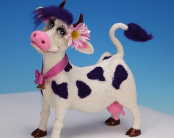 Esmeralda. One-of-a-kind Needle Felted Cow Sculpture.