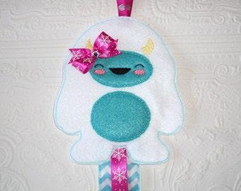 Yeti Clip Holder - Abominable Snowman - Sasquatch Bow Holder - Hair Clip Holder - Bow Organizer - Barrette Holder - Barrette Organizer