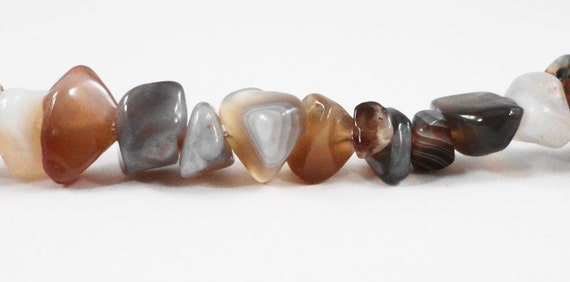 """Agate Chip Beads 5x3mm to 12x7mm Botswana Agate Beads, Gemstone Chip Beads, Natural Brown Banded Agate Stone Beads on a Full 17"""" Strand"""