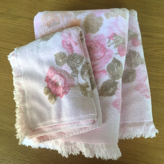Reproduction Vintage Bath Towels: Vintage Rose Towel Set. Vintage Bath Towels And Vintage Hand