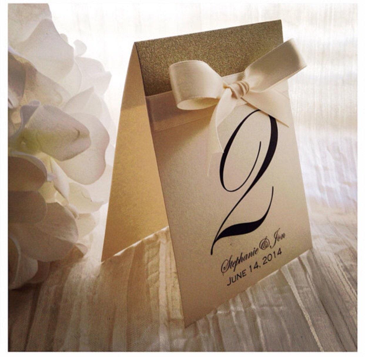 table de mariage champagne chiffres num ros de table ivoire. Black Bedroom Furniture Sets. Home Design Ideas