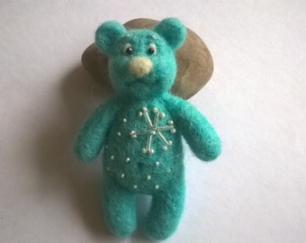 Needle felted bear brooch,blue bear with snow-flake.