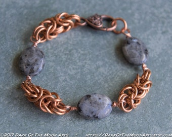 Copper Byzantine Chain Maille Bracelet with Blue-Shimmering Black Moonstone (Larvikite) Beads and Knotwork Heart Clasp