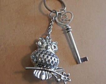 Pewter Owl Key Chain
