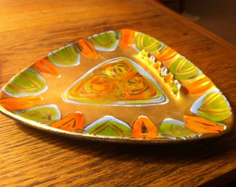 Sascha Brastoff, Mid-Century Modern, Abstract Ashtray, Hand Decorated, Orange & Gold, Triangular Boomerang, Guitar Pick Shape, Free Shipping