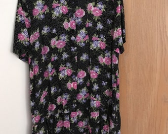 vintage 90's style flower dress Black with ruffles!!